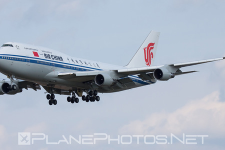 Boeing 747-400 - B-2472 operated by Air China
