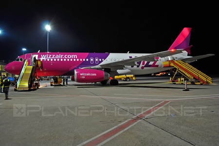 Airbus A320-232 - HA-LWN operated by Wizz Air