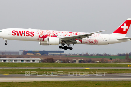 Boeing 777-300ER - HB-JNA operated by Swiss International Air Lines