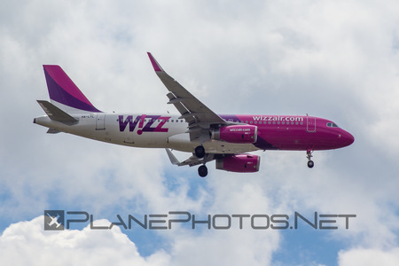 Airbus A320-232 - HA-LYL operated by Wizz Air
