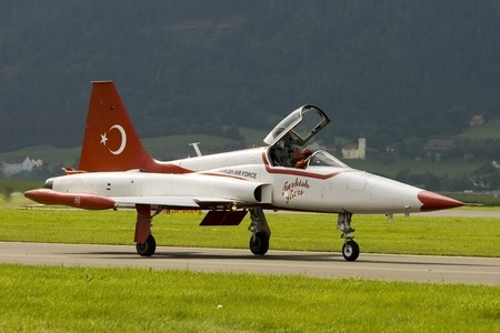 Canadair NF-5A Freedom Fighter - 70-3015 operated by Türk Hava Kuvvetleri (Turkish Air Force)