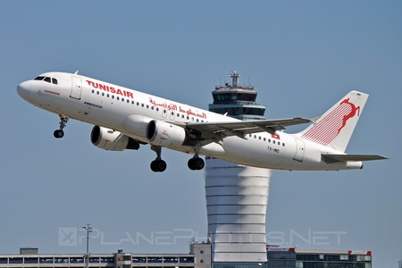 Airbus A320-211 - TS-IMD operated by Tunisair