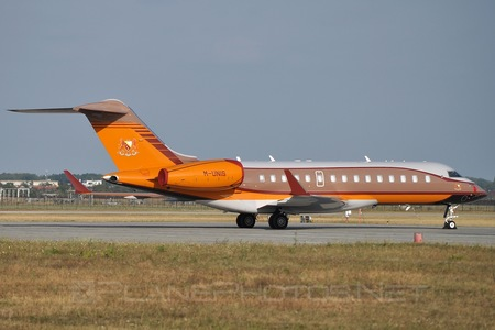 Bombardier Global Express (BD-700-1A10) - M-UNIS operated by Private operator