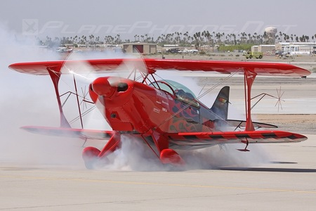 Pitts S-2B Special - N260GR operated by Private operator