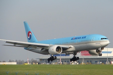 Boeing 777-200 - HL7764 operated by Korean Air