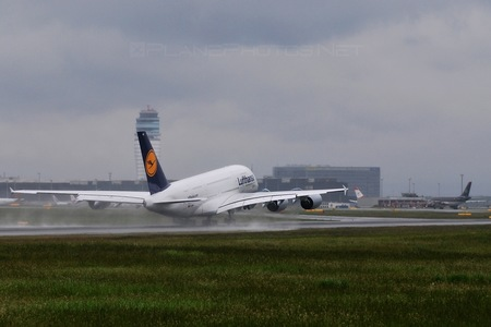 Airbus A380-841 - D-AIMA operated by Lufthansa