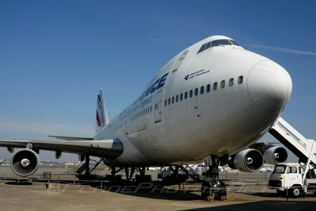 Boeing 747-100 - F-BPVJ operated by Air France