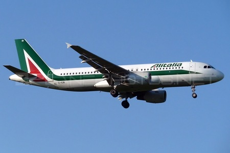 Airbus A320-216 - EI-EIB operated by Alitalia