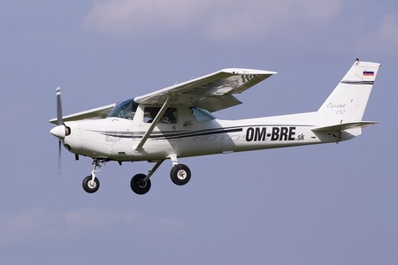 Cessna 152 - OM-BRE operated by OMBRE Flihgt School