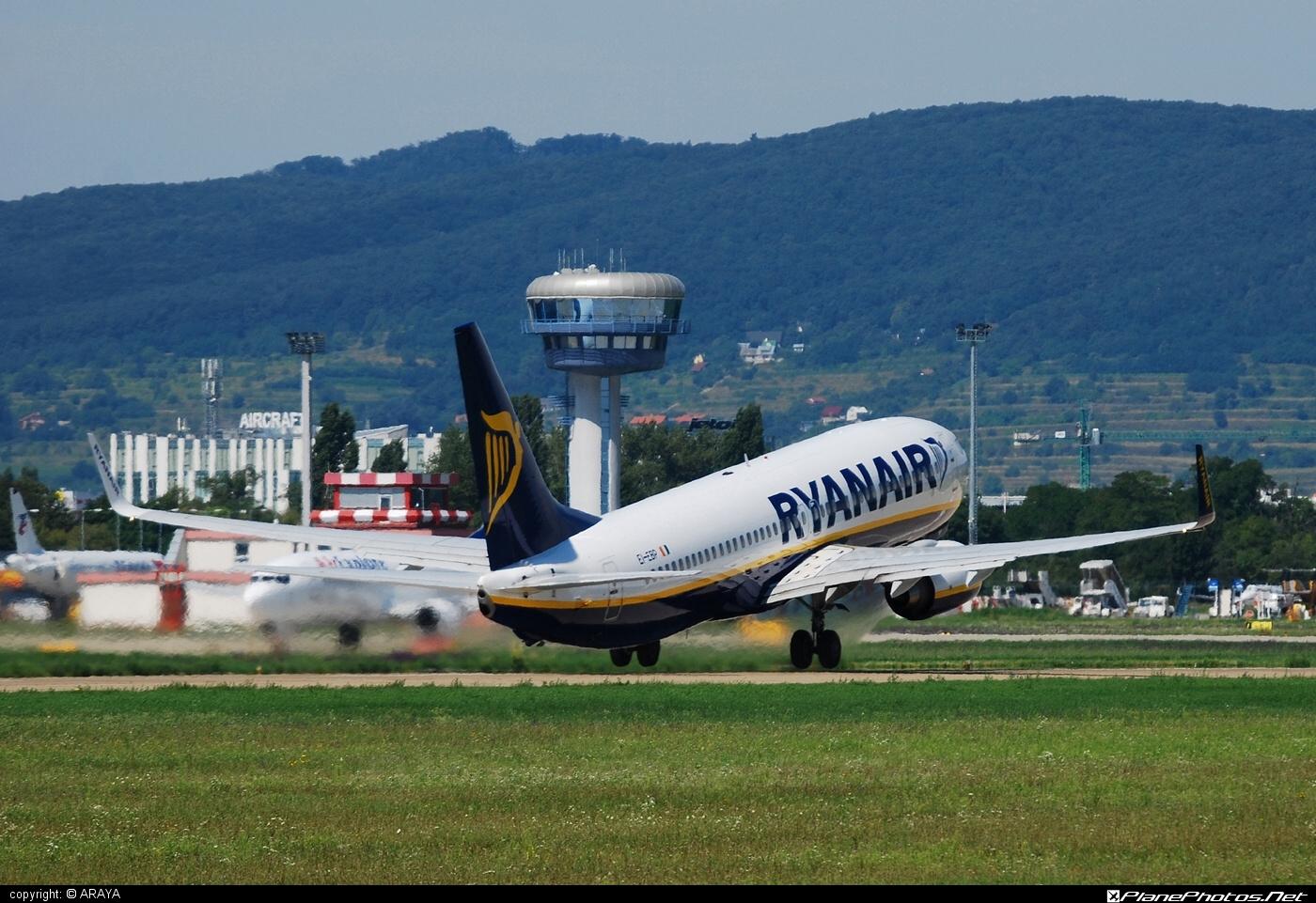Boeing 737-800 - EI-EBP operated by Ryanair #b737 #b737nextgen #b737ng #boeing #boeing737 #ryanair