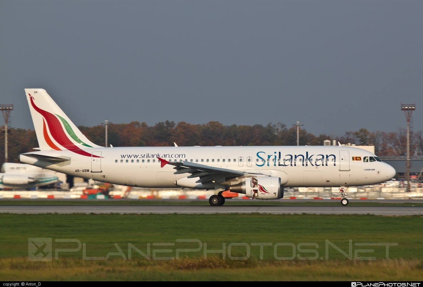 Airbus A320-214 - 4R-ABM operated by SriLankan Airlines #a320 #a320family #airbus #airbus320