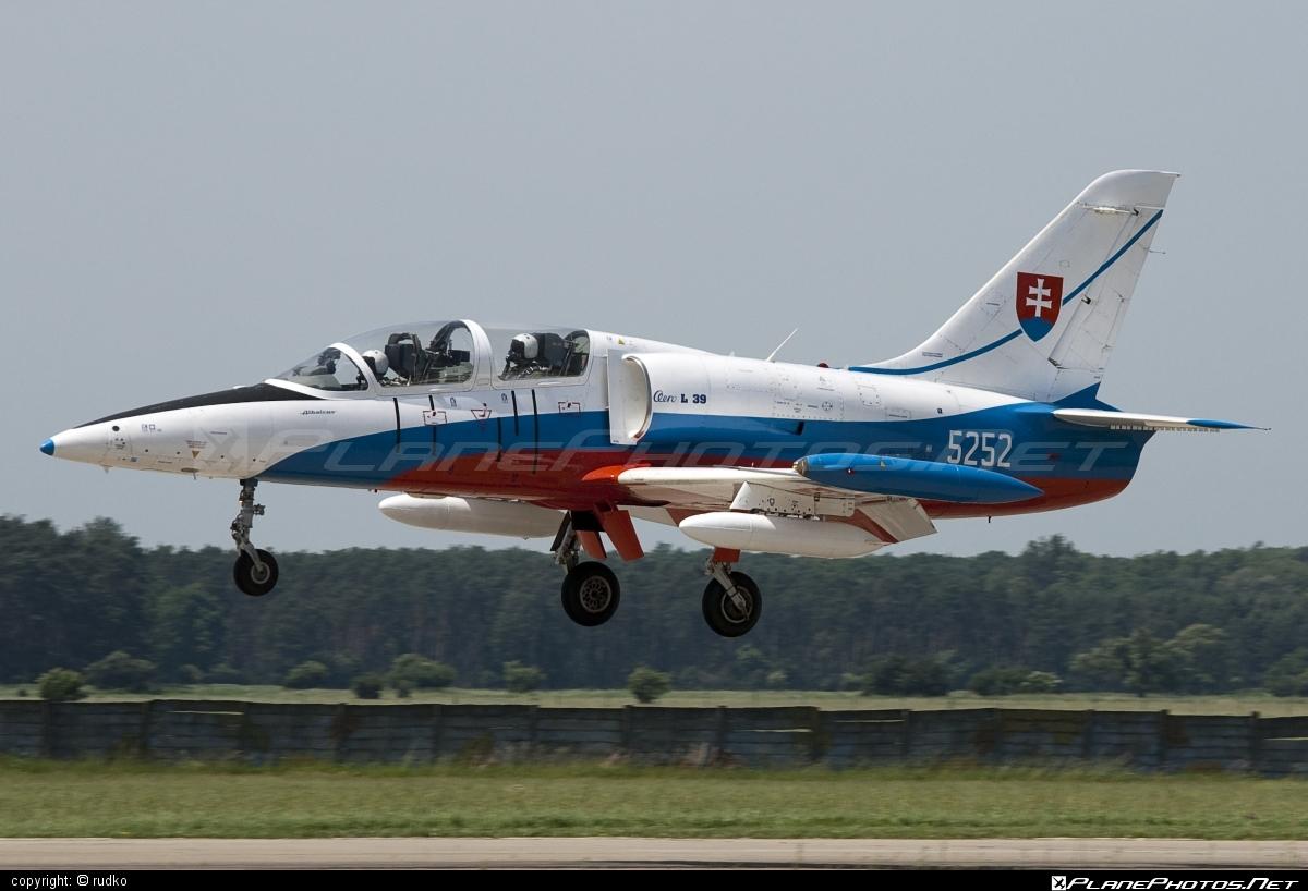 Aero L-39CM Albatros - 5252 operated by Vzdušné sily OS SR (Slovak Air Force) #aero #aerol39 #aerol39albatros #aerol39cmalbatros #albatros #l39 #l39cm #l39cmalbatros #slovakairforce #vzdusnesilyossr