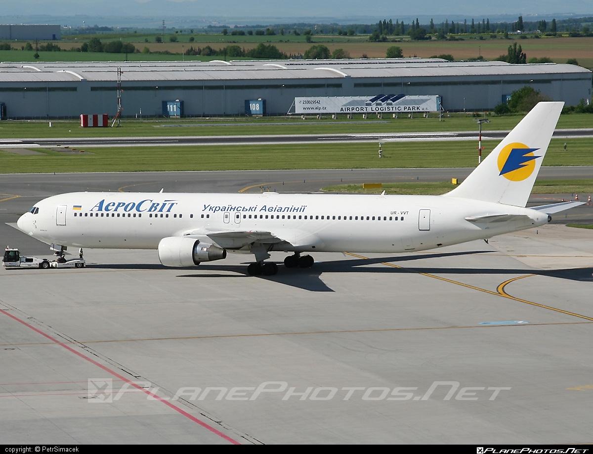 Boeing 767-300ER - UR-VVT operated by AeroSvit Ukrainian Airlines #b767 #b767er #boeing #boeing767