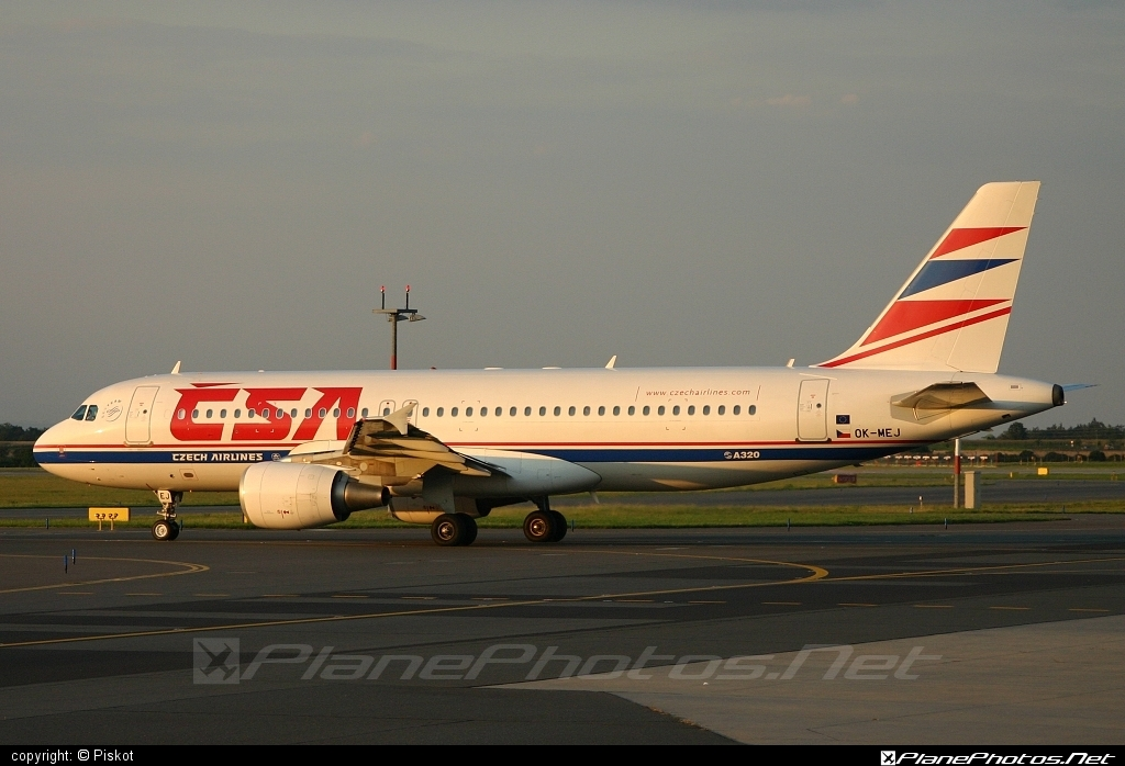 Airbus A320-214 - OK-MEJ operated by CSA Czech Airlines #a320 #a320family #airbus #airbus320 #csa #czechairlines