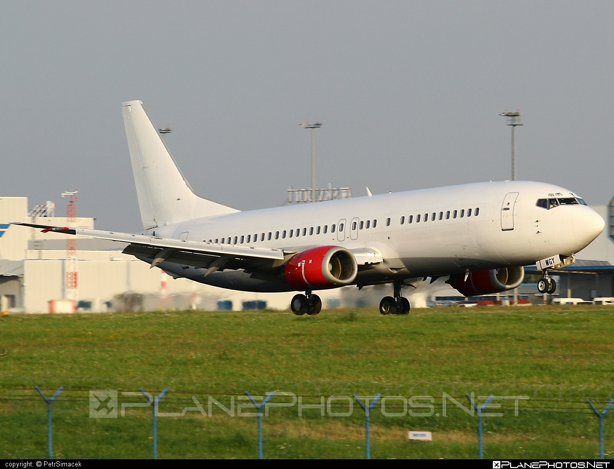 Boeing 737-400 - OK-WGY operated by Holidays Czech Airlines #b737 #boeing #boeing737