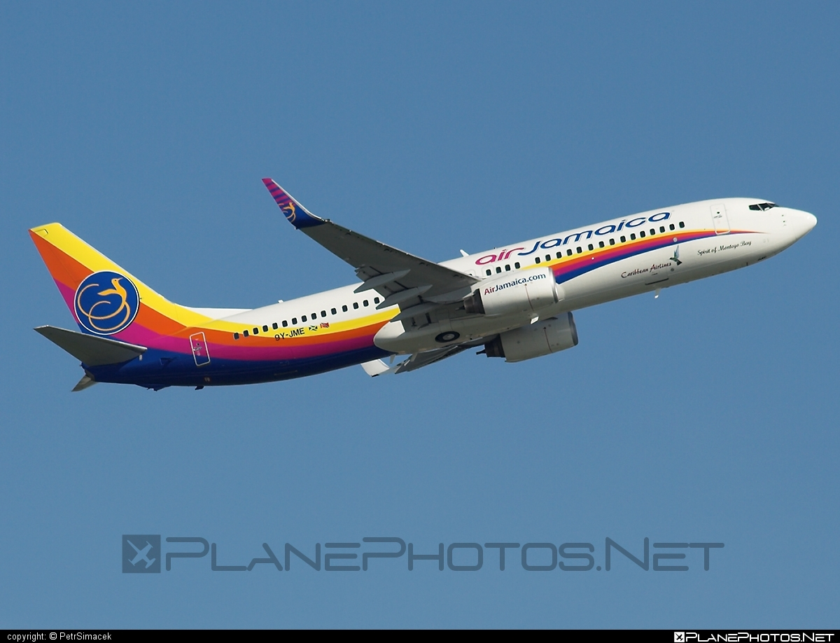 Boeing 737-800 - 9Y-JME operated by Air Jamaica #b737 #b737nextgen #b737ng #boeing #boeing737