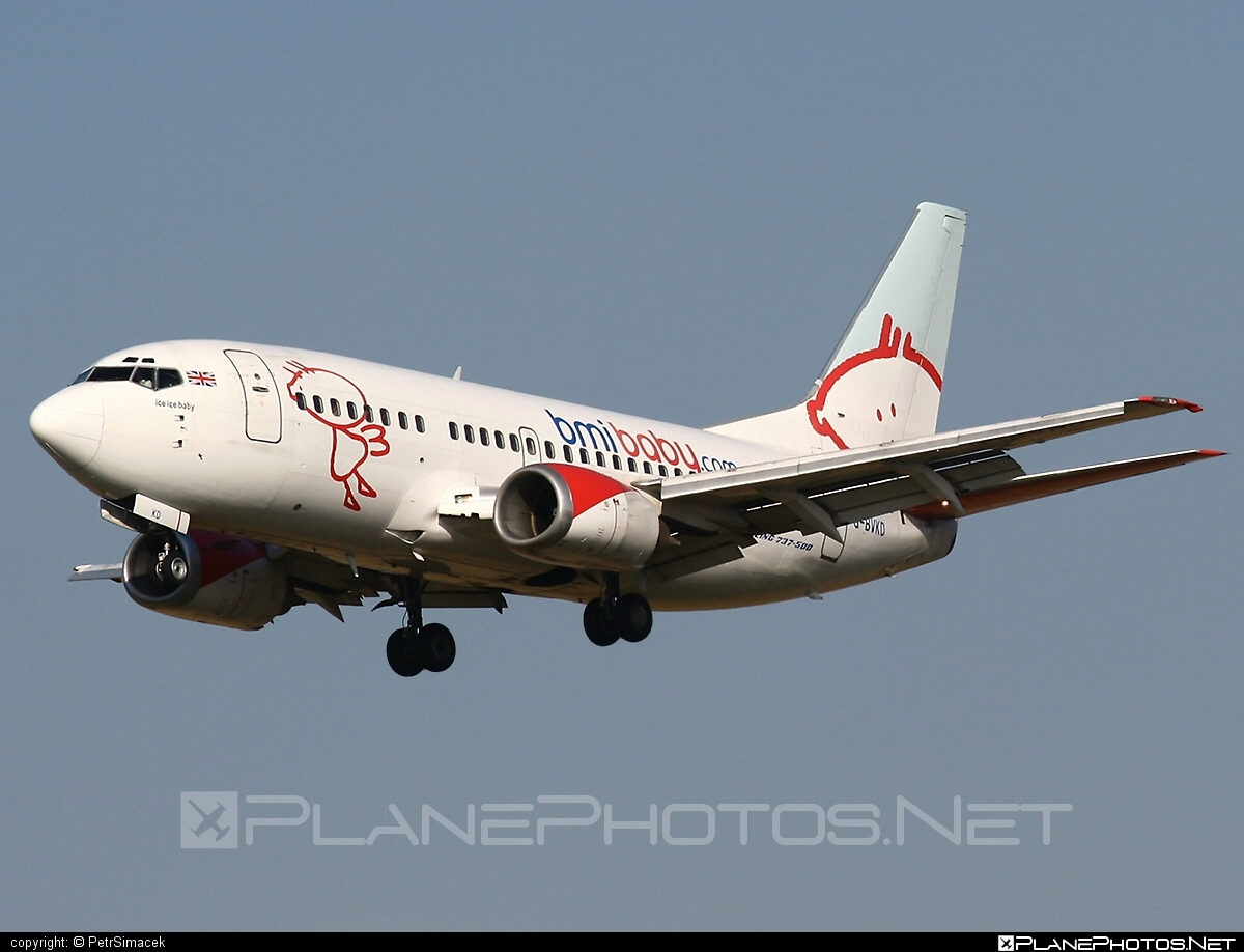 Boeing 737-500 - G-BVKD operated by bmibaby #b737 #boeing #boeing737