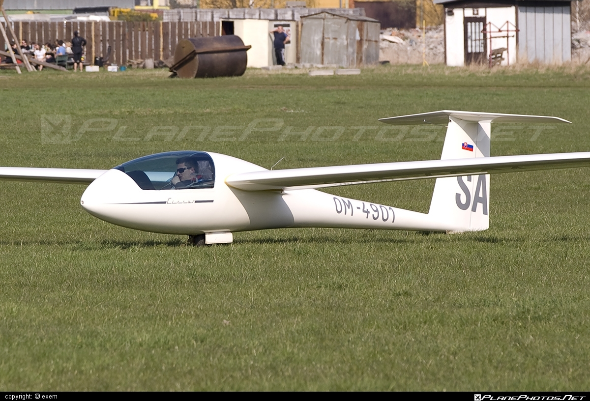 Schempp-Hirth Standard Cirrus - OM-4901 operated by Aeroklub Spišská Nová Ves #schempphirth