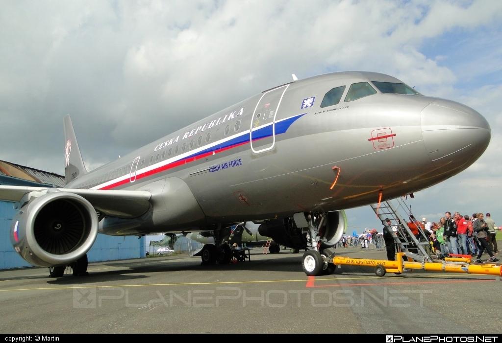Airbus ACJ319-115X - 2801 operated by Vzdušné síly AČR (Czech Air Force) #acj319 #acj319115x #airbus #airbuscorporatejet #czechairforce #vzdusnesilyacr