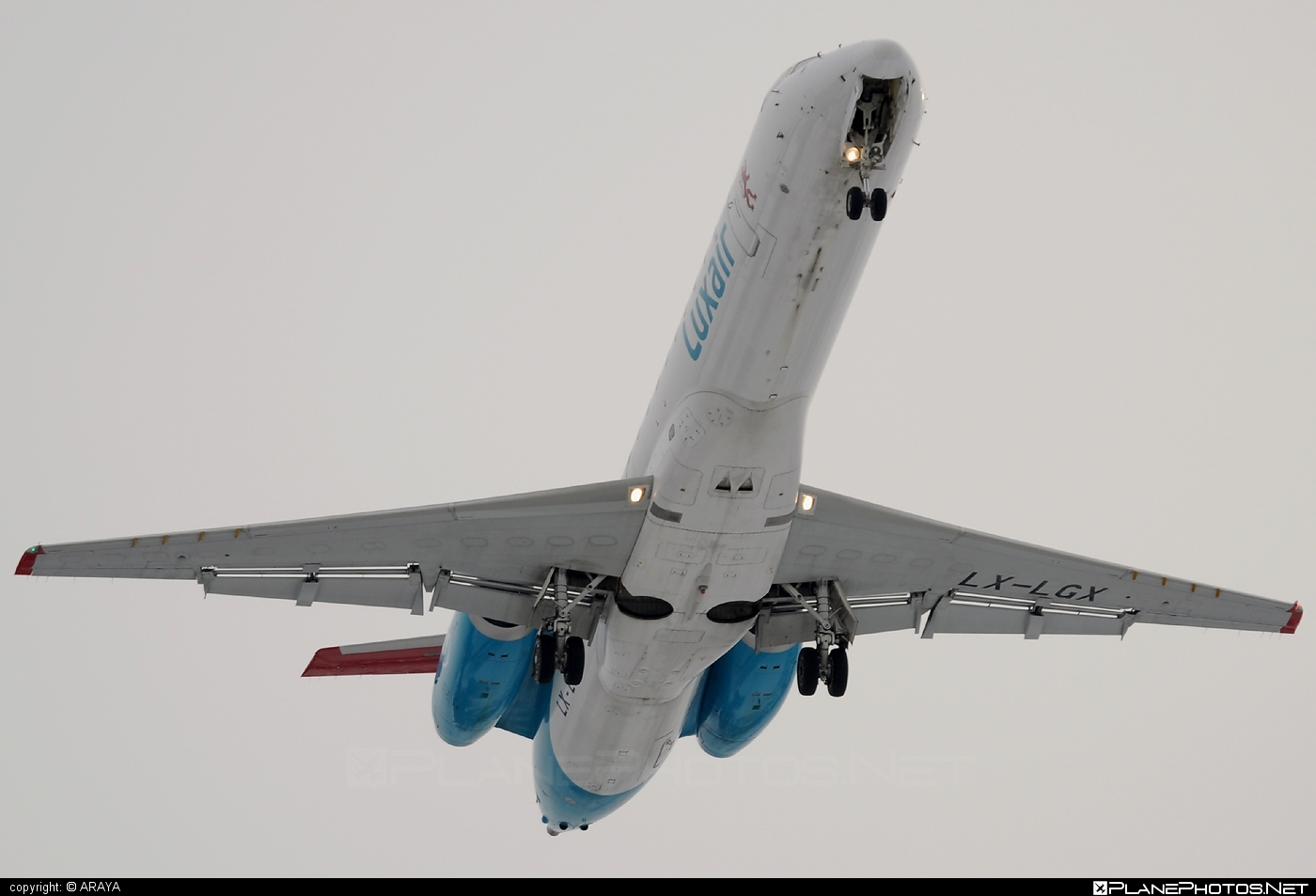 Embraer ERJ-145LU - LX-LGX operated by Luxair #embraer