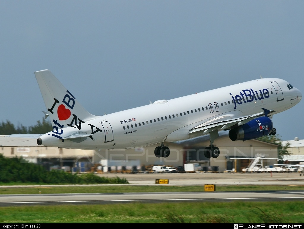 Airbus A320-232 - N586JB operated by jetBlue Airways #a320 #a320family #airbus #airbus320