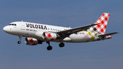 Airbus A319-111 - EI-FML operated by Volotea