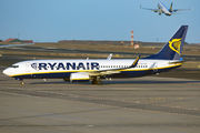 Boeing 737-800 - EI-FEE operated by Ryanair