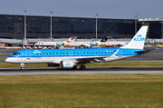 Embraer 190-100STD - PH-EZT operated by KLM Cityhopper