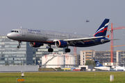 Airbus A321-211 - VP-BUP operated by Aeroflot