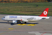 Airbus A320-214 - TC-JPU operated by Turkish Airlines