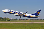 Boeing 737-800 - EI-DWW operated by Ryanair