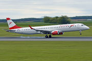 Embraer 190-200LR - OE-LWK operated by Austrian Airlines