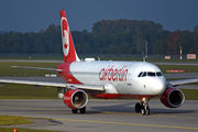 Airbus A320-214 - D-ABDW operated by Air Berlin