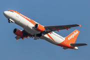 Airbus A320-214 - G-EZUO operated by easyJet