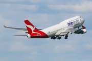 Boeing 747-400ER - VH-OEF operated by Qantas