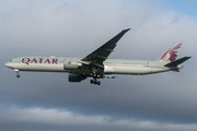 Boeing 777-300ER - A7-BEL operated by Qatar Airways
