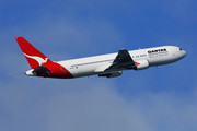 Boeing 767-300ER - VH-OGI operated by Qantas