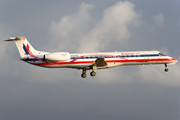 Embraer ERJ-145LR - N696AE operated by American Eagle