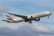Boeing 777-300ER - A6-EPS operated by Emirates
