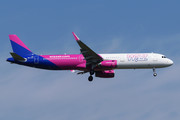 Airbus A321-231 - HA-LXJ operated by Wizz Air