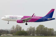 Airbus A320-232 - G-WUKA operated by Wizz Air UK