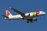 Airbus A320-214 - CS-TNI operated by TAP Portugal