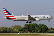 Boeing 767-300ER - N399AN operated by American Airlines