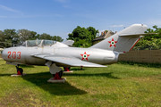 Mikoyan-Gurevich MiG-15UTI - 203 operated by Magyar Néphadsereg (Hungarian People's Army)