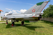 Mikoyan-Gurevich MiG-21U-600 - 4419 operated by Magyar Néphadsereg (Hungarian People's Army)