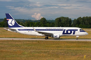 Embraer E175LR (ERJ-170-200LR) - SP-LIL operated by LOT Polish Airlines