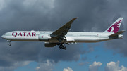 Boeing 777-300ER - A7-BEQ operated by Qatar Airways