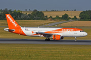 Airbus A320-214 - OE-IZE operated by easyJet Europe