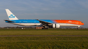 Boeing 777-300ER - PH-BVA operated by KLM Royal Dutch Airlines