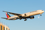 Boeing 777-300ER - RP-C7776 operated by Philippine Airlines